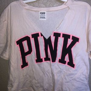 VS PINK cropped cutout graphic tee